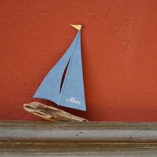 Schiffchen mit Prägung