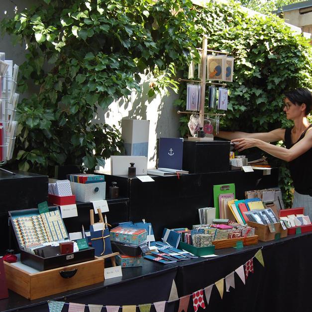 Buchbinderei im Garten