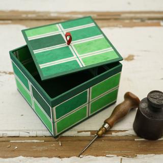 quadratische Kiste grün