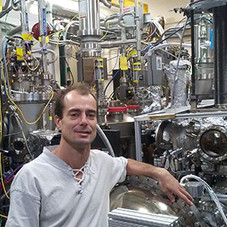 Luca Moreschini joins PARADIM as a staff scientist (from the Advanced Light Source at LBNL) speciali