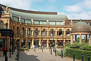 The-Ivy-Harrogate-Victoria-Shopping-Cent
