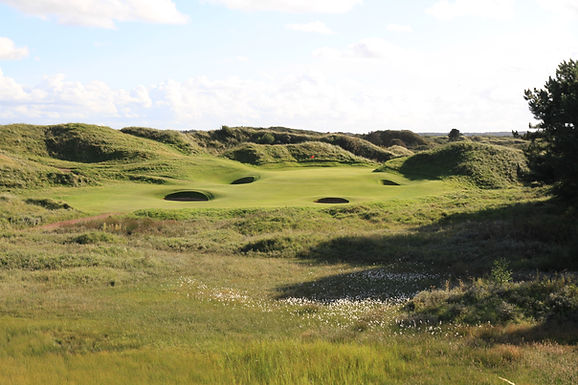 Royal Birkdale 12th hole.jpg