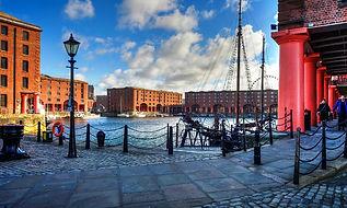 Albert_Dock_Liverpool.jpg