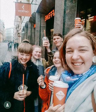 Rīgas Sv. Jāņa daudzes jaunieši