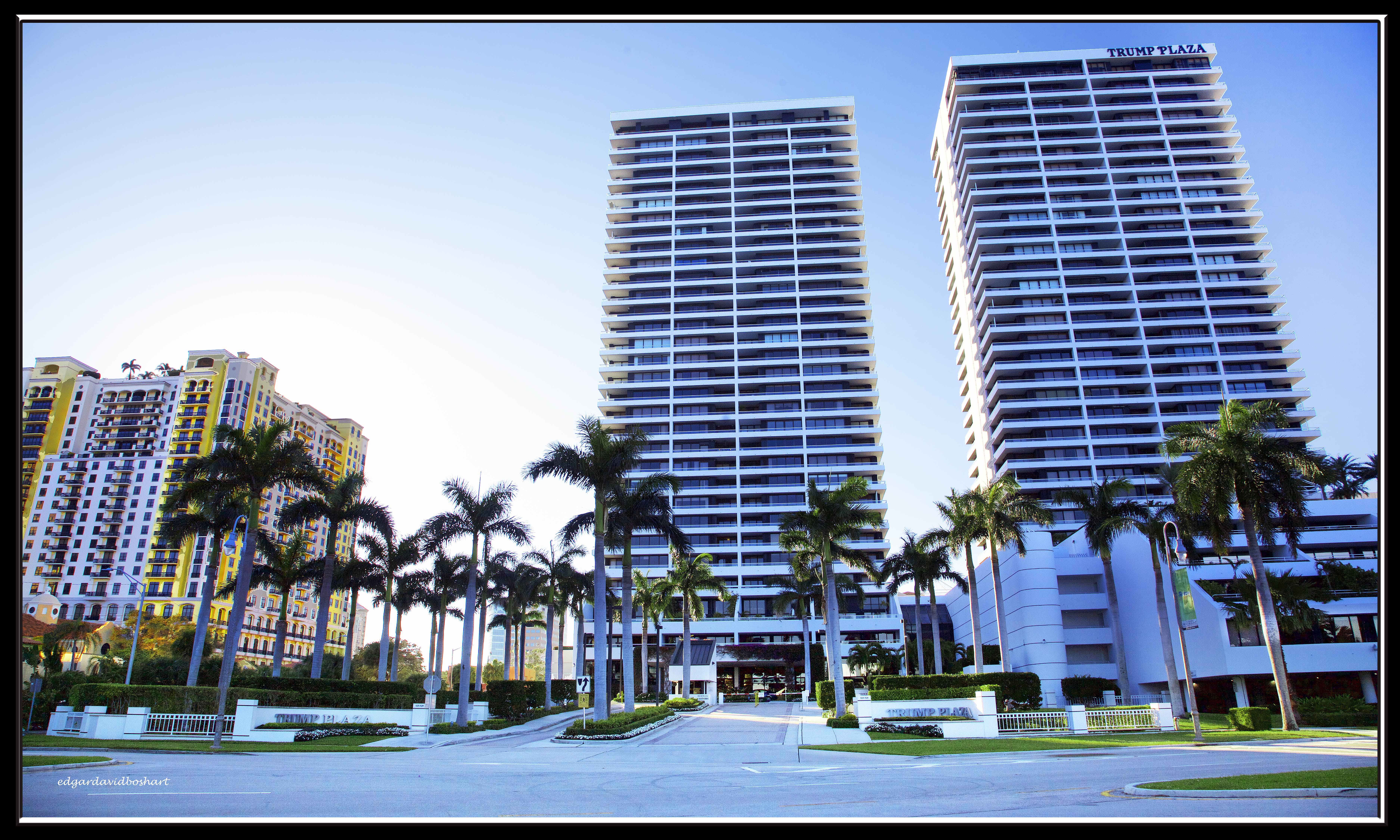 Trump Plaza Oasis