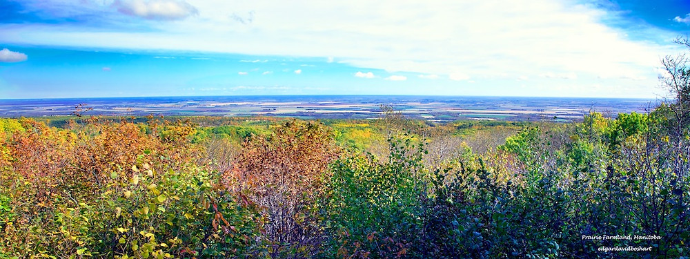 From Manitoba Escarpment to the Plains Below
