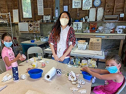 Pottery with Rachel and girls.jpg