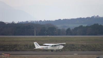 20022011-AVIONETA-1.JPG