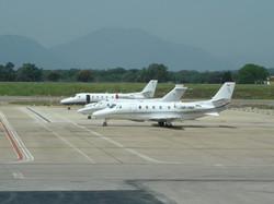 13052007-AEROPORT GIRONA-JETS-4.JPG