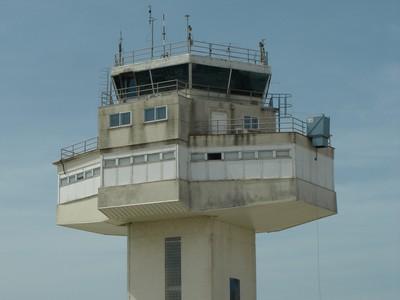 13052007-AEROPORT GIRONA-TORRE DE CONTROL.JPG