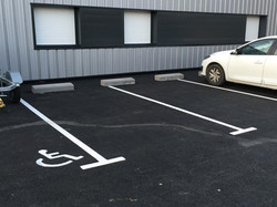Parking enrobé noir