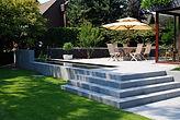 terrasse aménagée en béton lissé urban aménagement 78