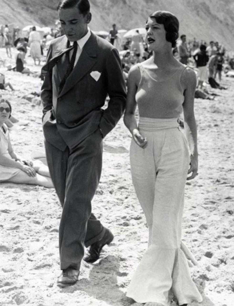 Chanel Trousers Women