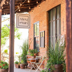 Alley + Main by Lauren Feddersen Photography