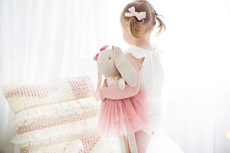 Alimrose Pearl Cuddle Bunny Blush Lifest