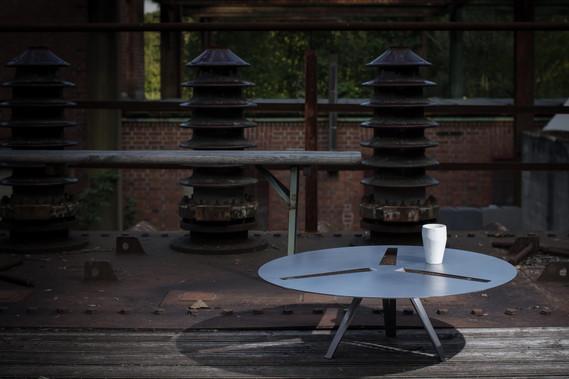 Neue Möbel// Serienfertigung für Lounges und Veranstanltungen/