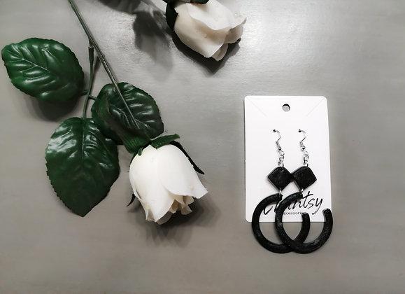 Chantsy Accessories - Black Earrings