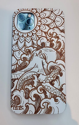 He'e (Octopus) iPhone Wood Case