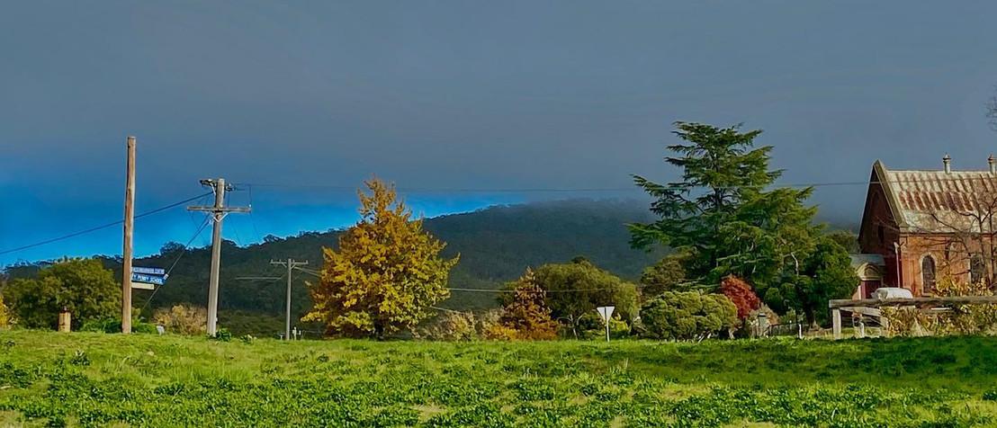 Sunday House - Maldon Photography - Mount Tarrgengower