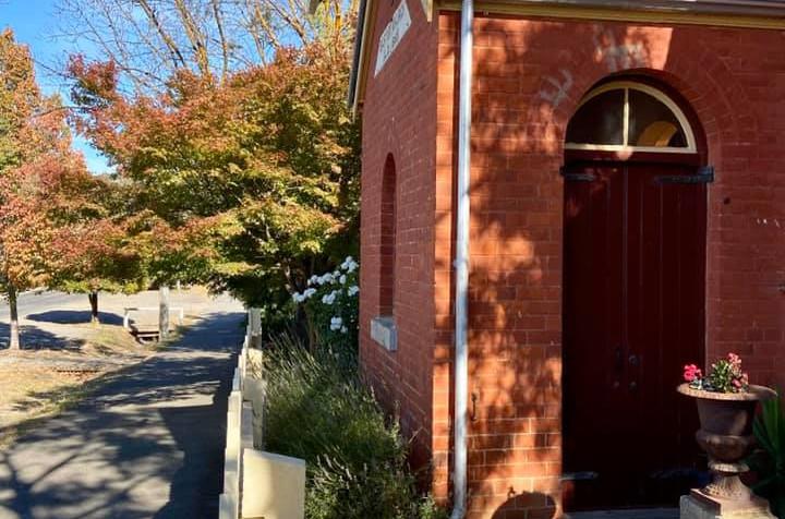 Sunday House - Maldon Photography - Beautiful Sunday House on Francis Street