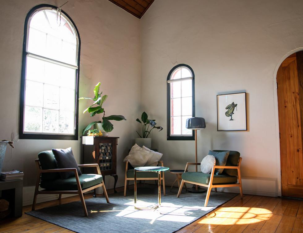SundayHouse-RelaxingSpace01.jpg