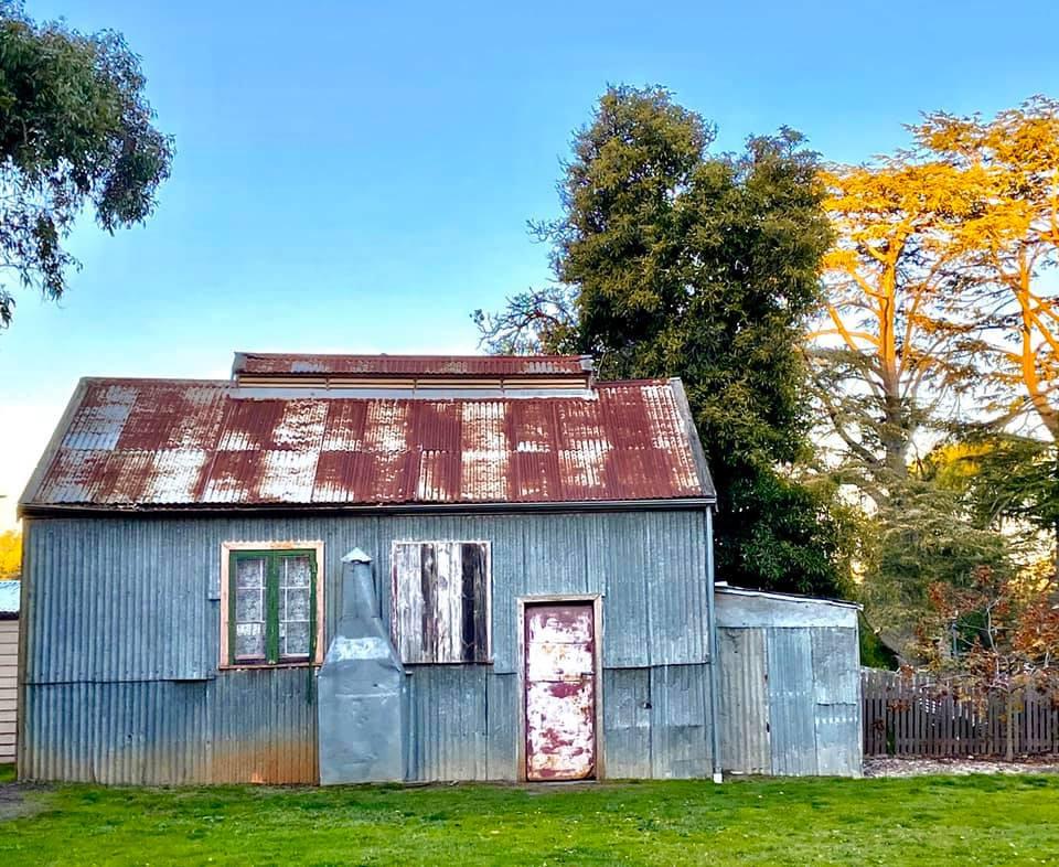 Sunday House - Maldon Photography - Still Standing