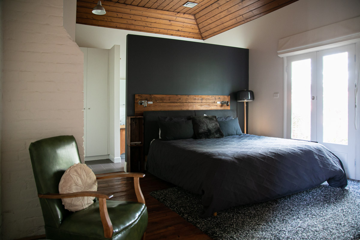 SundayHouse-MainBedroom03.jpg
