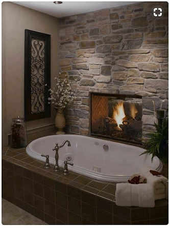 bathtub with fireplace.JPG