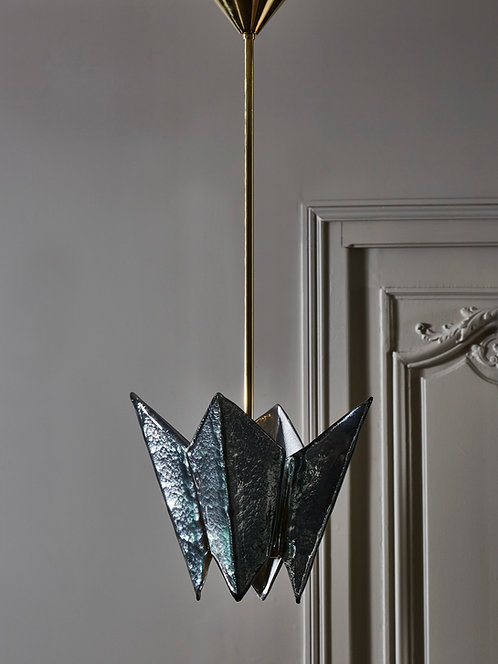 Folded Tinted Glass Sheet Suspensions