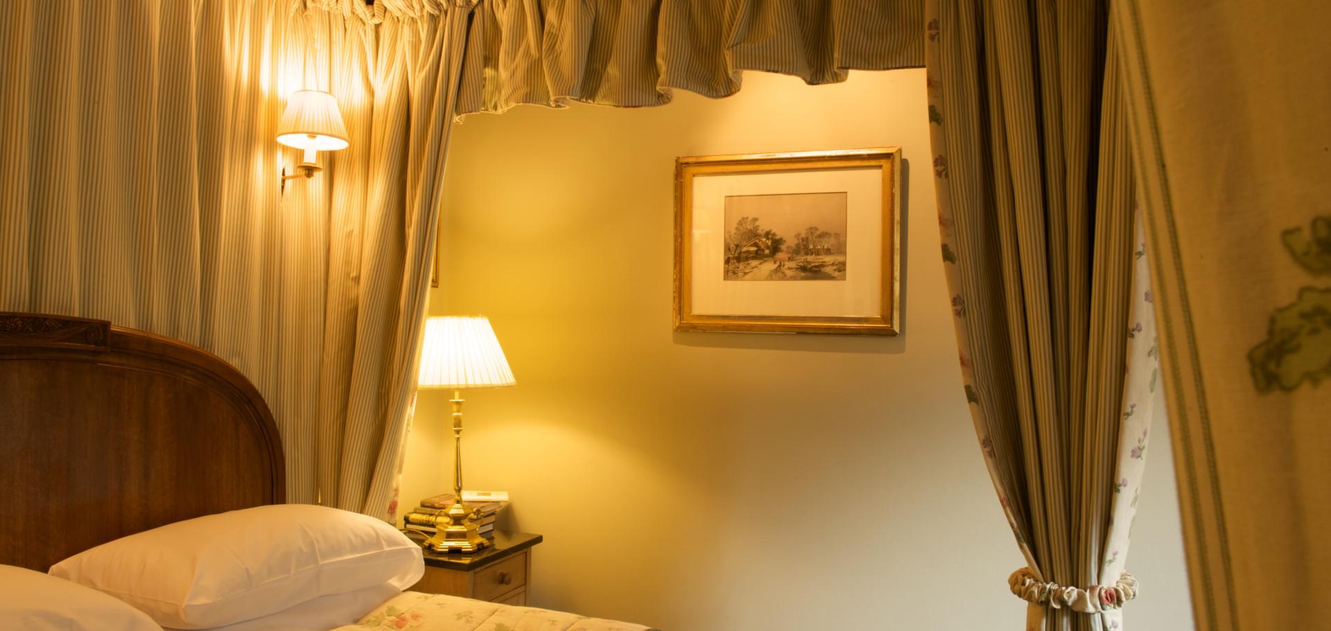 Room 8 Bedroom