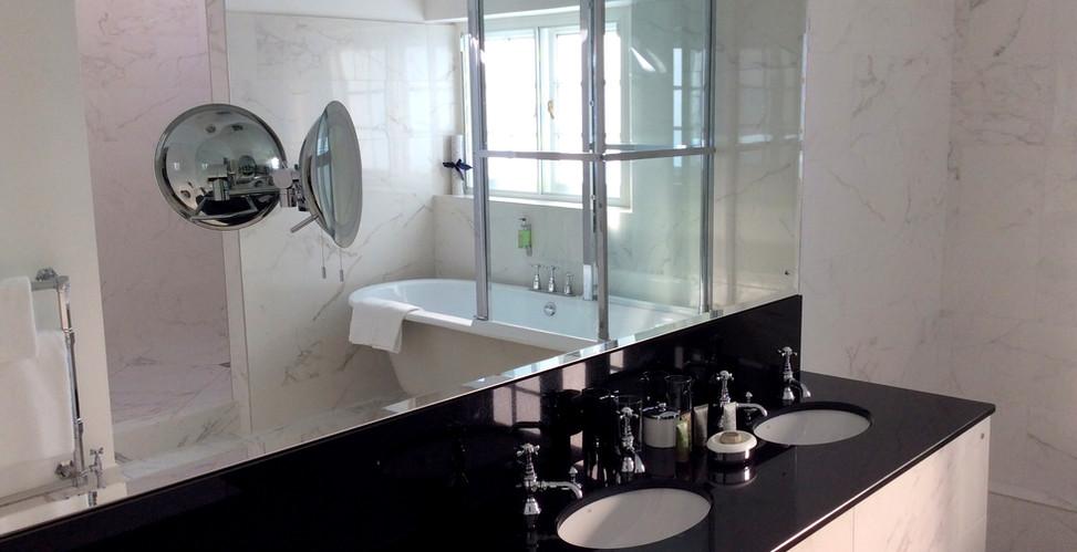 Coach House 23 Bathroom