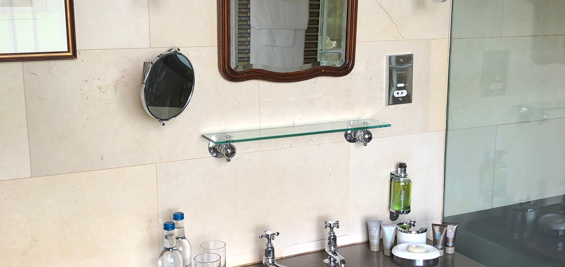Room 5 Bathroom