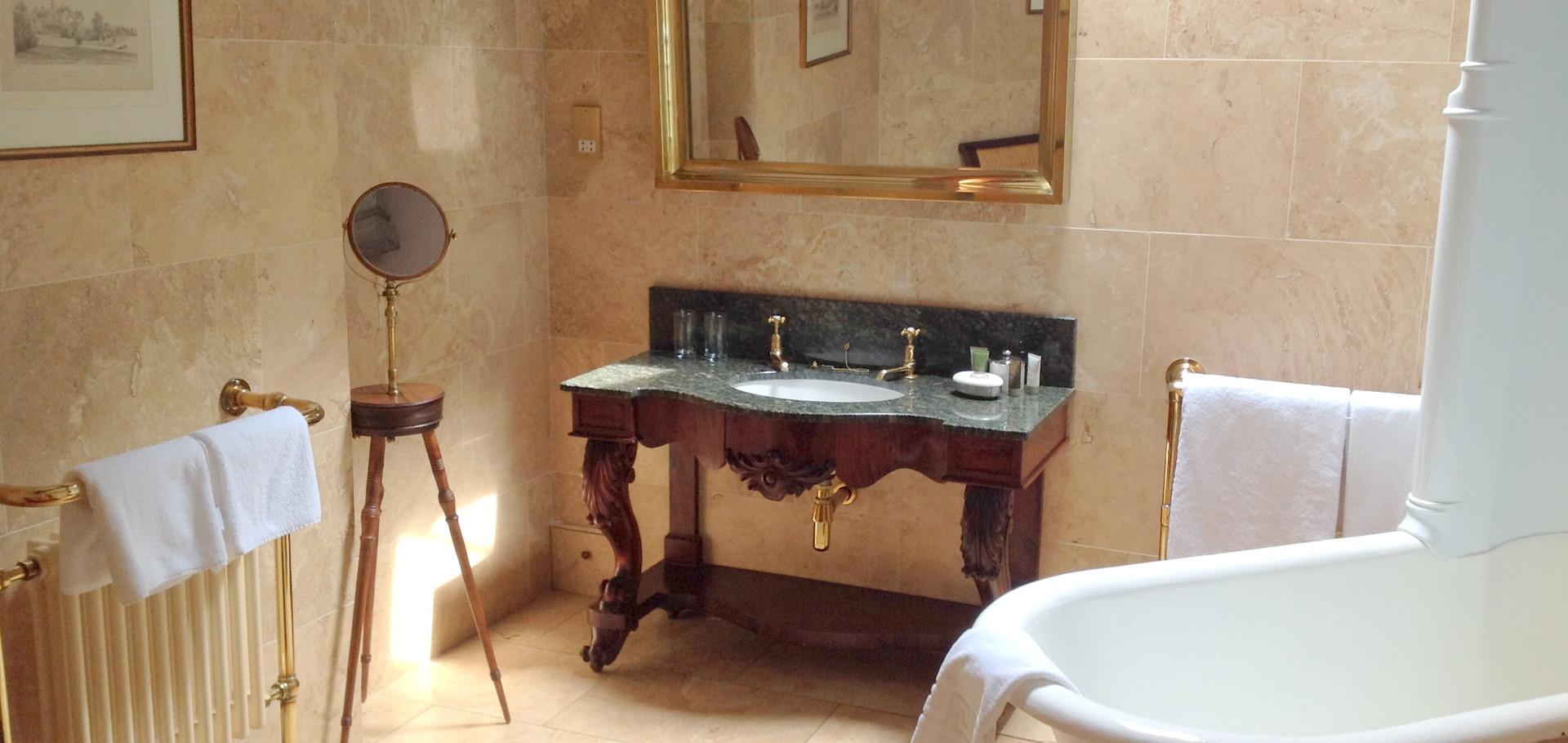 Coach House 22 Bathroom