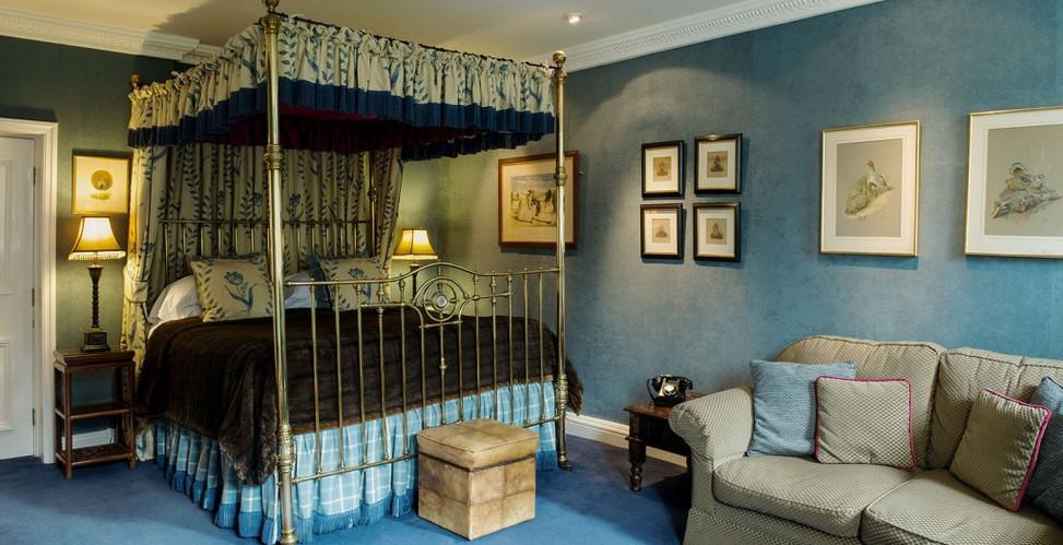Room 4 Bedroom