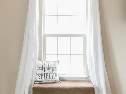 DIY Cheap + Easy Farmhouse Curtains