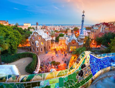 Barcelona_travel_massive.jpg