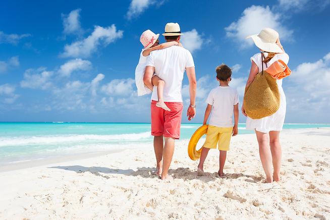 Family 4 - Beach 1000x667.jpg
