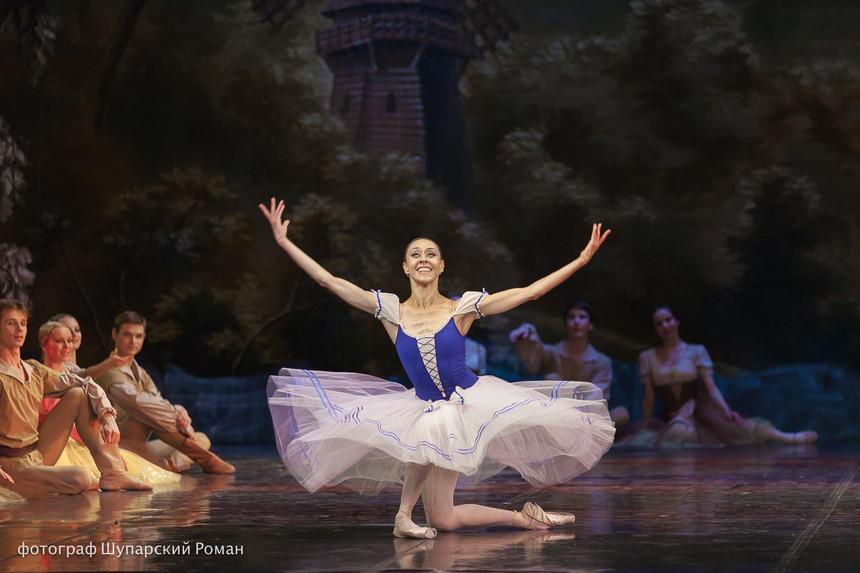 Gizelle-Moscow-Ballet-La-Classique-15.jp