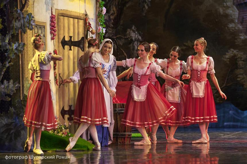 Gizelle-Moscow-Ballet-La-Classique-14.jp