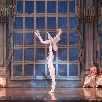 THE-NUTCRACKER-Ballet-La-Classique-121.j