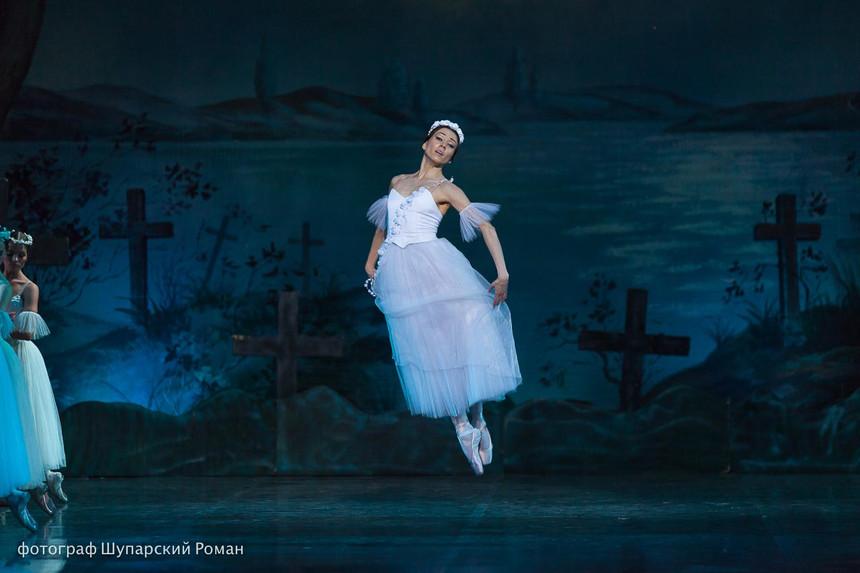 Gizelle-Moscow-Ballet-La-Classique-38.jp