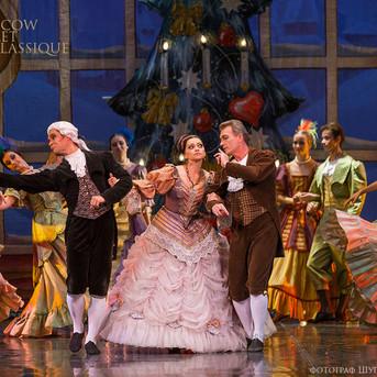 THE-NUTCRACKER-Ballet-La-Classique-20.jp