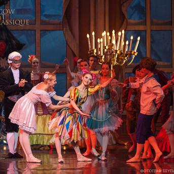 THE-NUTCRACKER-Ballet-La-Classique-35.jp