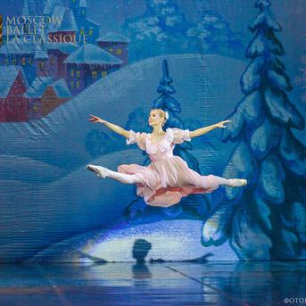 THE-NUTCRACKER-Ballet-La-Classique-64.jp