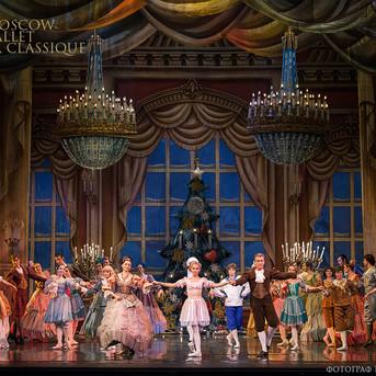 THE-NUTCRACKER-Ballet-La-Classique-16.jp
