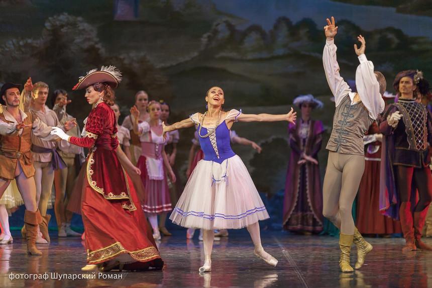 Gizelle-Moscow-Ballet-La-Classique-22.jp