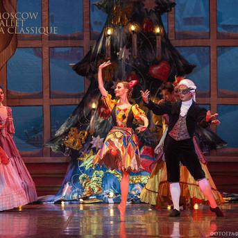 THE-NUTCRACKER-Ballet-La-Classique-33.jp