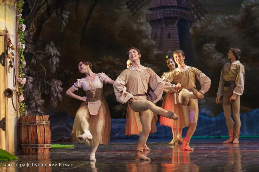 Gizelle-Moscow-Ballet-La-Classique-12.jp
