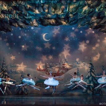 THE-NUTCRACKER-Ballet-La-Classique-66.jp