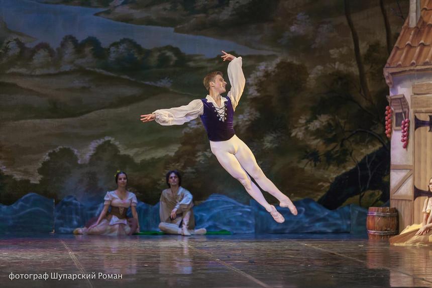 Gizelle-Moscow-Ballet-La-Classique-18.jp